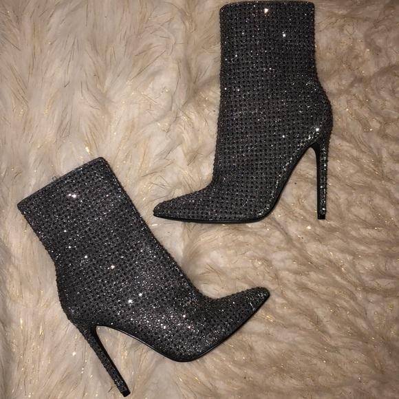 no dividendo apertura  Steve Madden Shoes | Cardib Wifey Studded Stiletto Booties 7 | Poshmark